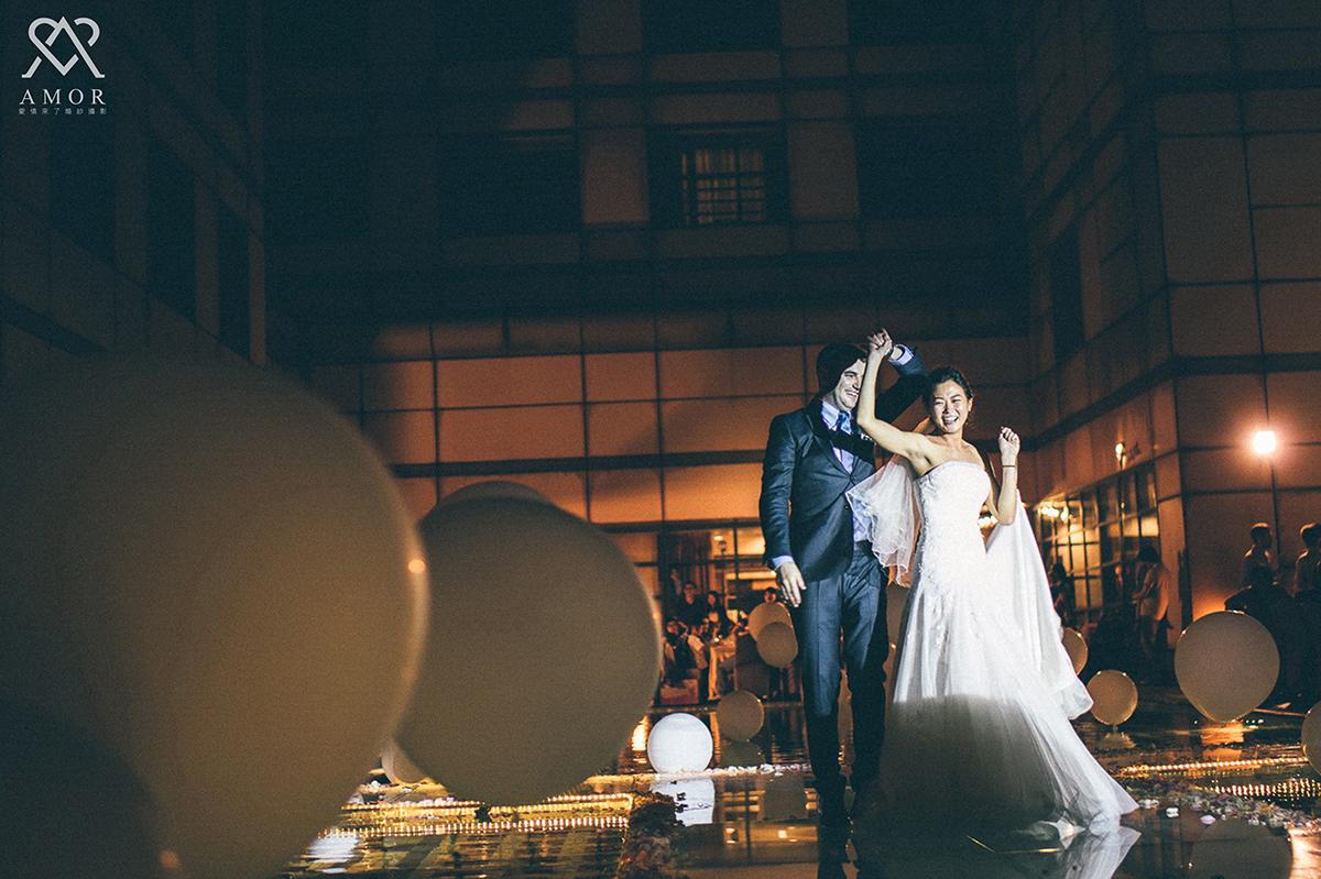 戶外婚禮,池畔婚禮,外國人婚禮,金典酒店,台中婚紗,伊藤瑞,婚紗攝影,禮服,婚禮紀錄,結訂婚,喜宴,君品酒店,婚攝海外婚禮,海外婚紗,婚禮紀錄,婚禮攝影,自助婚紗,活動攝影,非常婚禮,婚紗,結婚,婚攝,推薦攝影師,日系,新娘秘書,新秘,Photograph